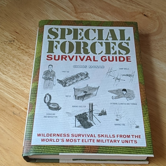Other - Special Forces Survival Guide Harcover